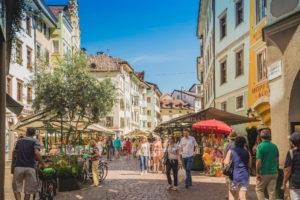 Ausflug zum Obstmarkt in Bozen