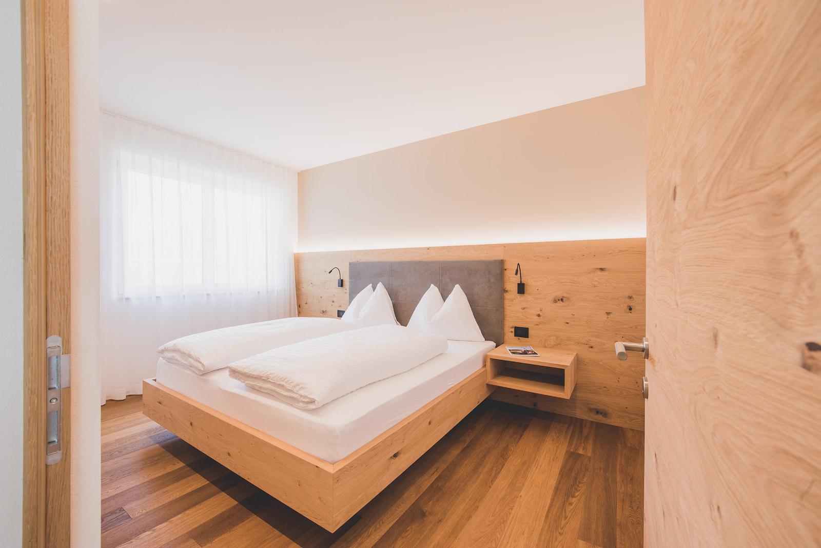 Schlafzimmer Wohnung Anna – Sinnergut Nals – Sinnergut Nals – Deine ...